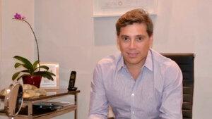 Andrés Galfrascoli, un cirujano de 44 años, figura junto a su esposa y su hija entre los desaparecidos.