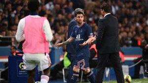 Pochettino se quedó sin saludo de manos con Messi