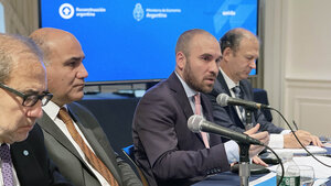 El ministro de Economía respondió preguntas de parte del sector privado.