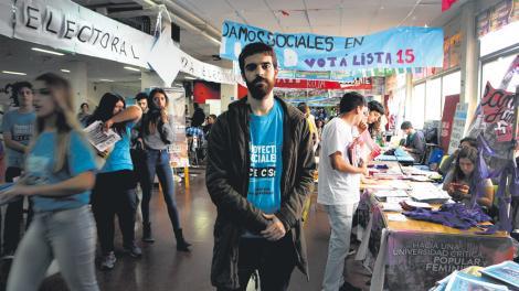 En las aulas y las calles pablo chango m bili for Centro lombardo mobili