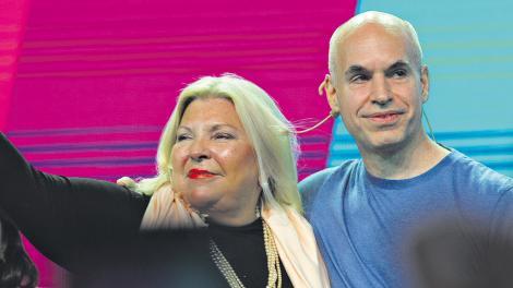 Elisa Carrió junto a Horacio Rodríguez Larreta, el otro gran ganador de la elección de ayer.