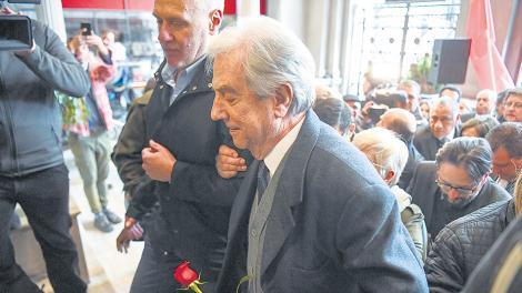 Emotiva despedida a Eduardo Bleier en Uruguay