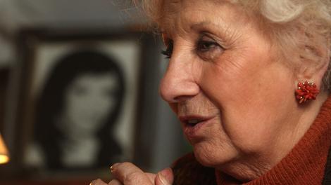Estela Carlotto en la Casa de Abuelas de Plaza de Mayo, antes del coronavirus.