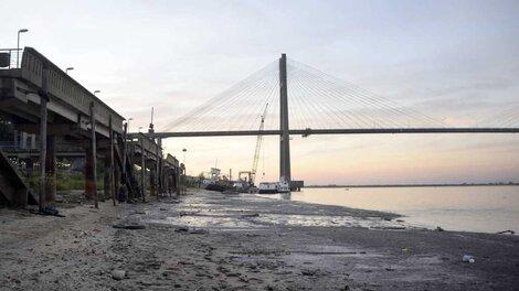 La bajante actual del Paraná es la más importante en el país en los últimos 77 años.