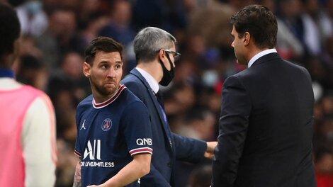 Messi y una cara de pocos amigos dedicada a Pochettino