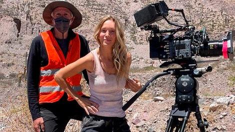 Luisana Lopilato en Tilcara, durante el rodaje de Pipa, la película producida por Netflix.