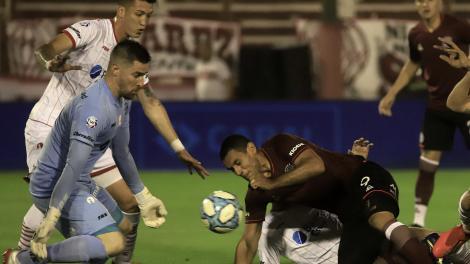 Superliga: Lanús saltó a la punta y lidera con Argentinos Juniors