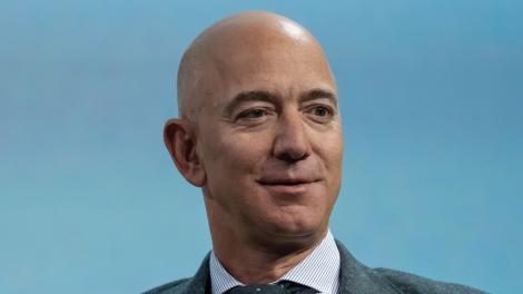 El príncipe heredero de Arabia Saudita, sospechado de hackear a Jeff Bezos