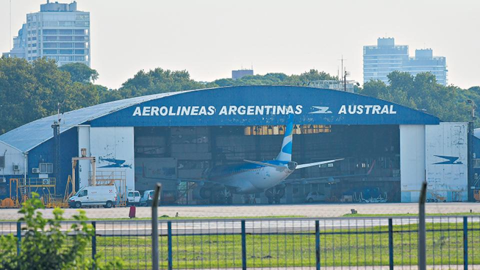 Resultado de imagen para aerolineas argentinas hangares
