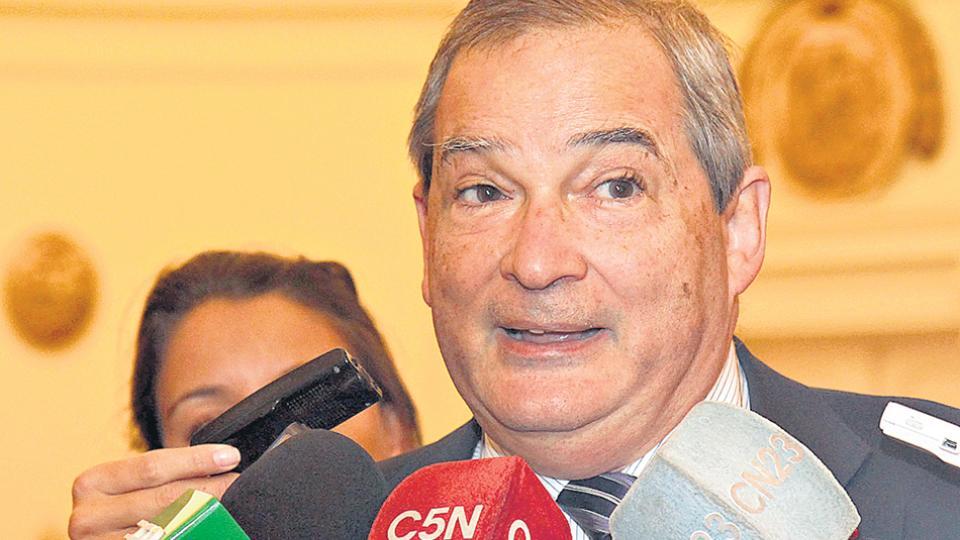Renunció el ministro de Salud, Jorge Lemus
