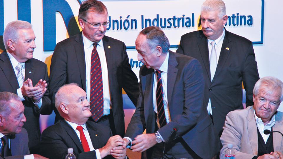 """""""Hay sectores que invierten y otros que no porque no les dan los números"""", afirmó Miguel Acevedo, nuevo titular de la UIA."""
