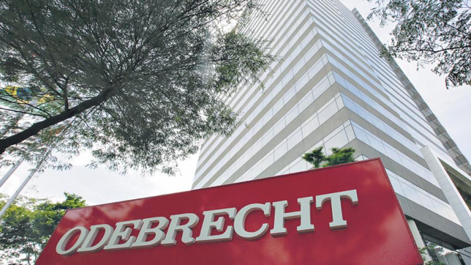 Oficializaron la exclusión de Odebrecht de la obra pública