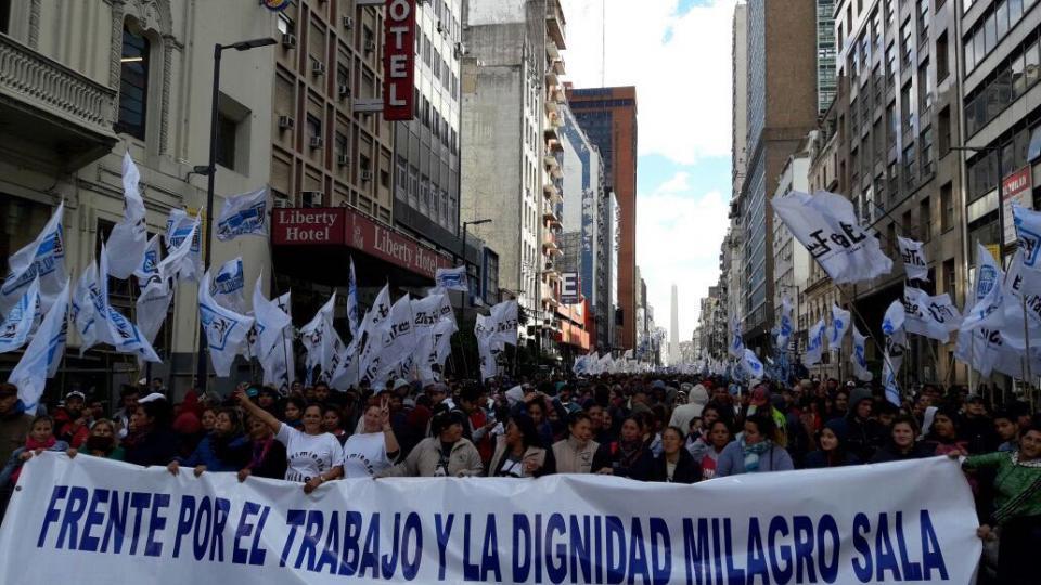 Los manifestantes adelantaron que si no obtienen respuestas realizarán un acampe en la 9 de julio.