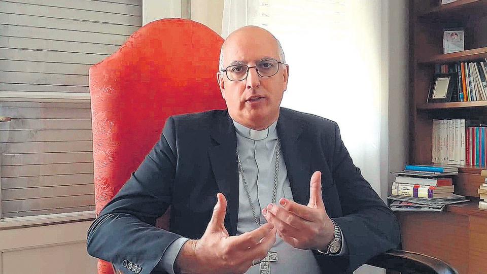 """Santiago Olivera """"se ha expresado públicamente en los términos de una remozada teoría de los dos demonios."""""""