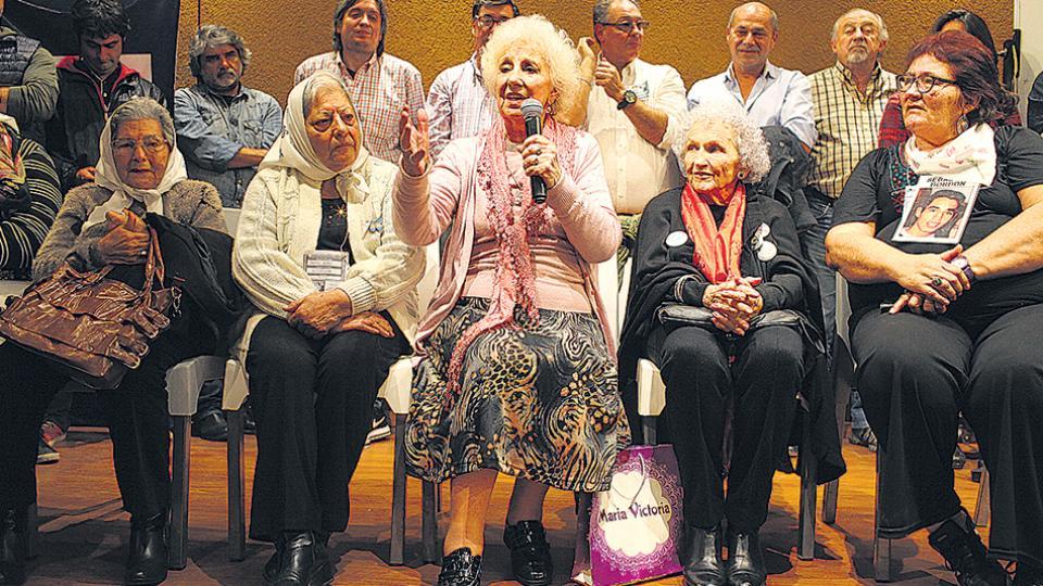 El encuentro en Avellaneda estuvo marcado por el lanzamiento de CFK el próximo martes.