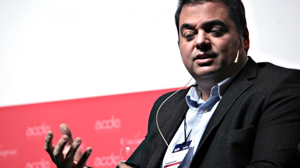 Jorge Triacca (h), actual ministro de Trabajo, apuntado por el nuevo régimen de seguridad social que rodea al fútbol.