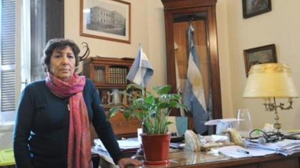 Papalardo cumplió 40 años en la docencia y nunca tuvo sumarios administrativos.