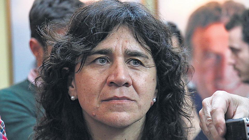 La ahora ex ministra de Salud bonaerense Zulma                  Ortiz había asumido junto con la gobernadora Vidal.
