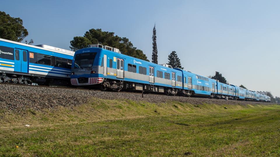 """""""Reuperar los trenes de cercanía es un imperativo para liberarse de los monopolios""""."""