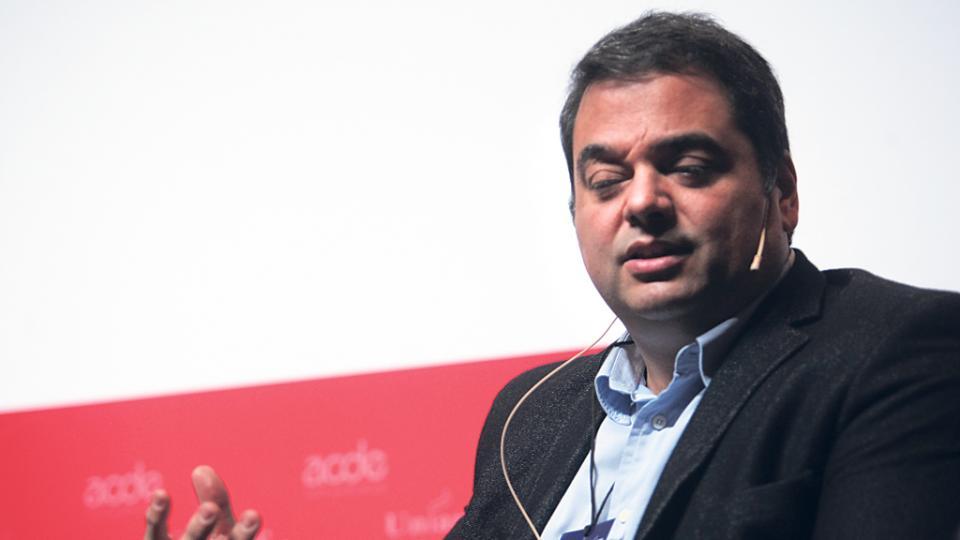 Jorge Triaca, ministro de Trabajo, celebra la incorporación de monotributistas.