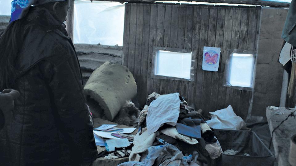 Los efectivos policiales revolvieron todas las pertenencias de los integrantes de la comunidad mapuche.