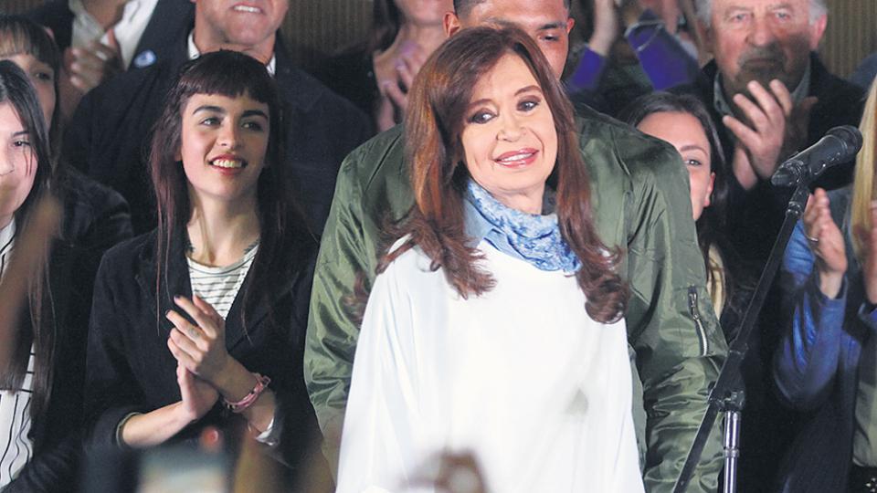 Cristina Kirchner lanzó ayer una convocatoria a la unidad a través de las redes sociales.