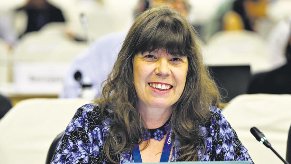 Silvia Ribeiro participó de un encuentro en Rosario.
