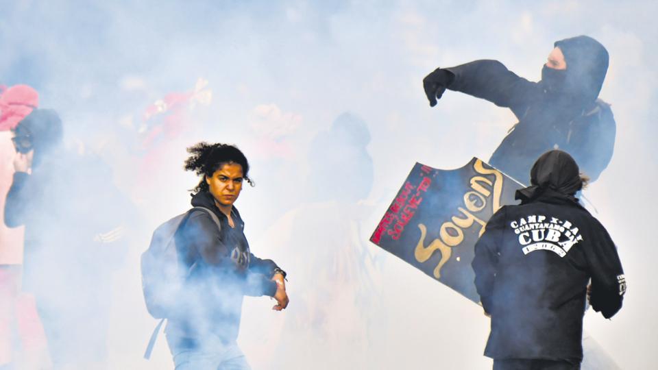 La movilización en París terminó con represión policial, heridos y detenidos.