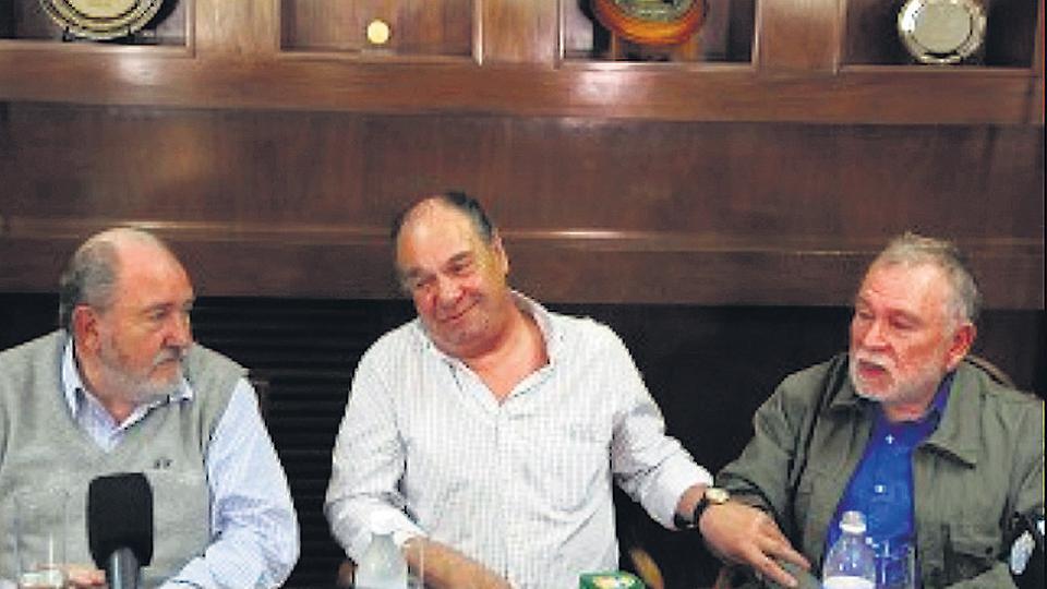Aldo Tartaglia con el gobernador Carlos Verna y Juan Carlos Pumilla.