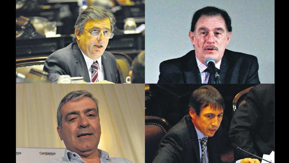El diputado Negri, el histórico dirigente Storani, el diputado Cano y el senador Naidenoff.
