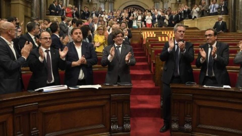 El pleno del parlamento catalán, el día que se convocó al 1-O.
