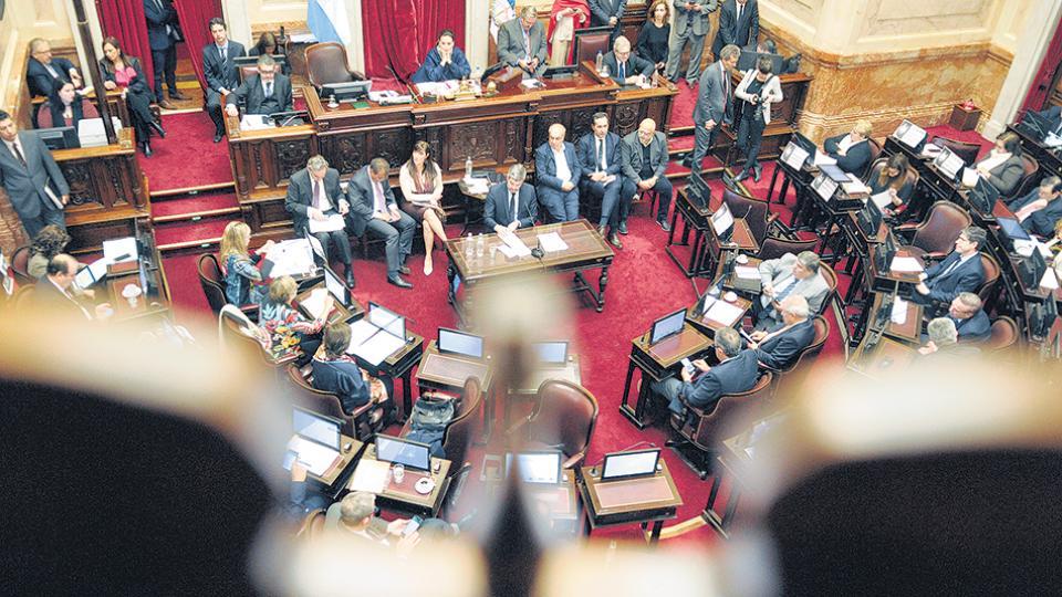 """El Senado comenzará a abordar en comisión el proyecto de """"Ordenamiento Laboral""""."""