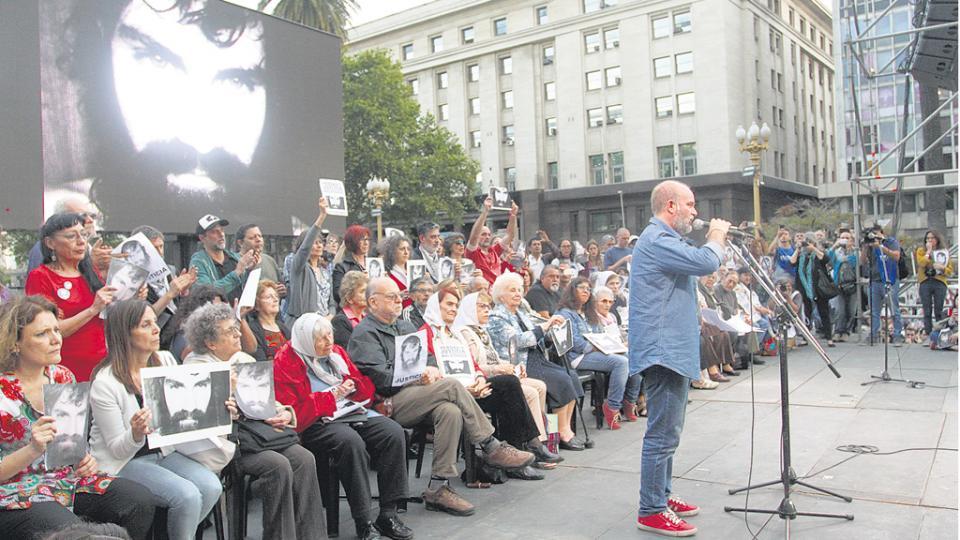 Los organismos de derechos humanos le ofrecieron el marco a la movilización de ayer a la Plaza de Mayo.