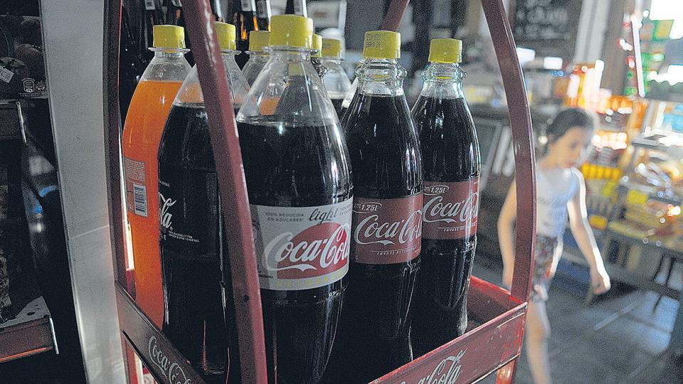 Coca-Cola quiere hacer el ajuste en su planta de Nueva Pompeya.