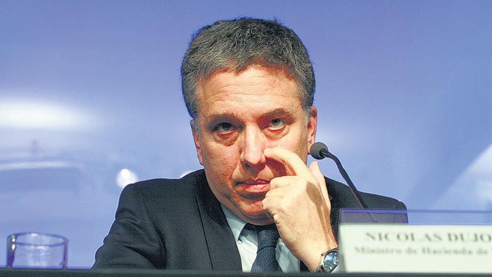 Las medidas que impulsa el ministro de Hacienda, Nicolás Dujovne, desfinanciarán la Anses.
