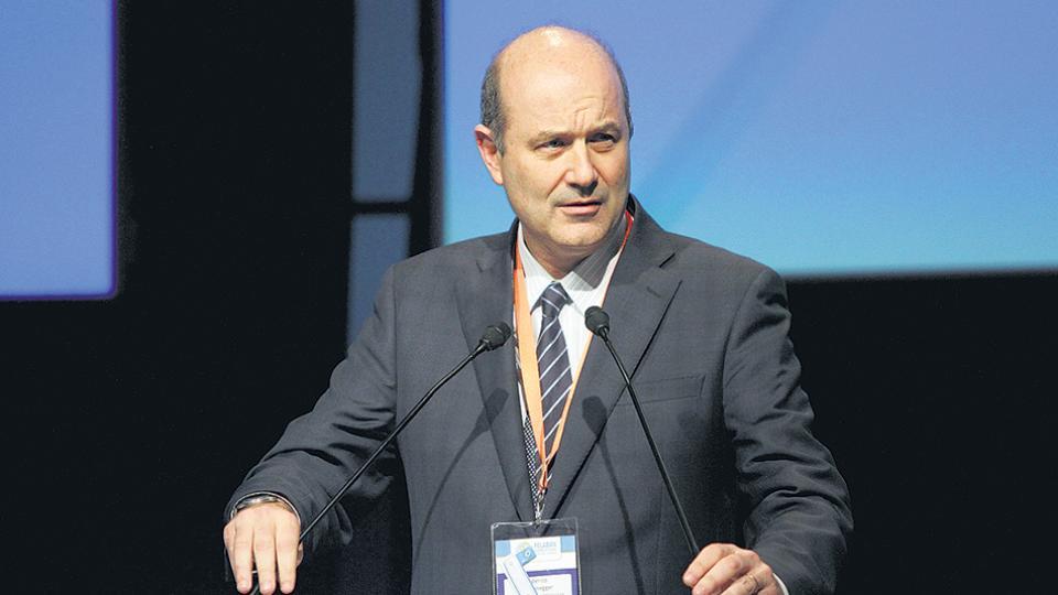 Federico Sturzenegger, presidente del Banco Central, continúa con su política fallida para bajar la inflación.