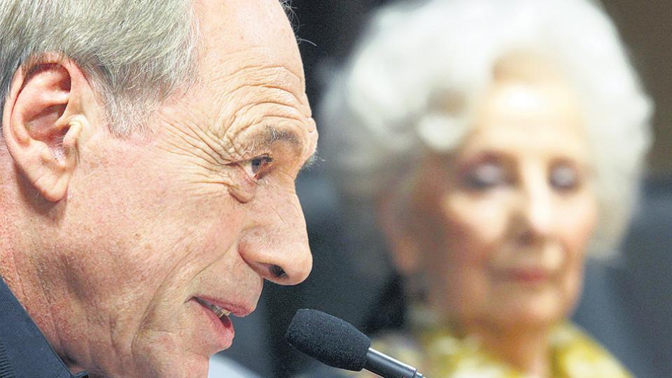 Raúl Zaffaroni y Estela de Carlotto están entre los promotores de la iniciativa.