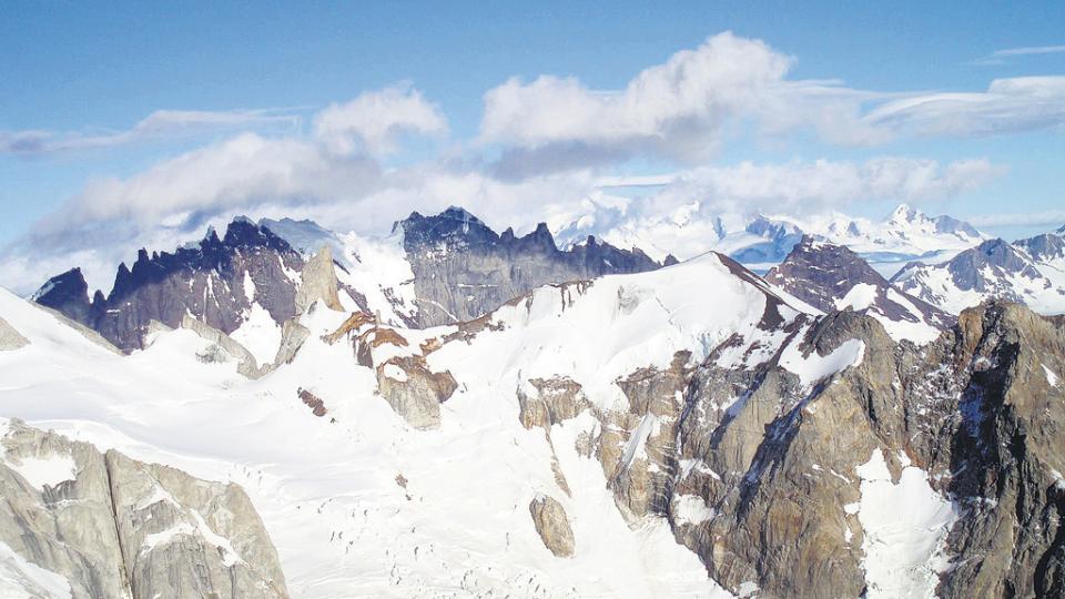 Las organizaciones reclaman que se cumpla el principio de no regresión en la protección glaciar.