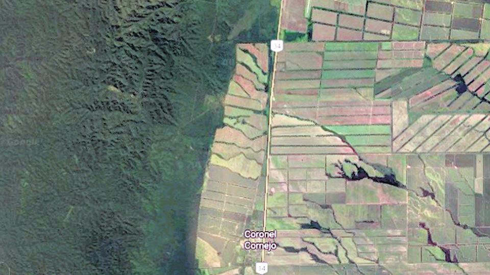 La imagen de la zona donde se encuentra la finca Cuchuy muestra el avance de la soja sobre el monte.