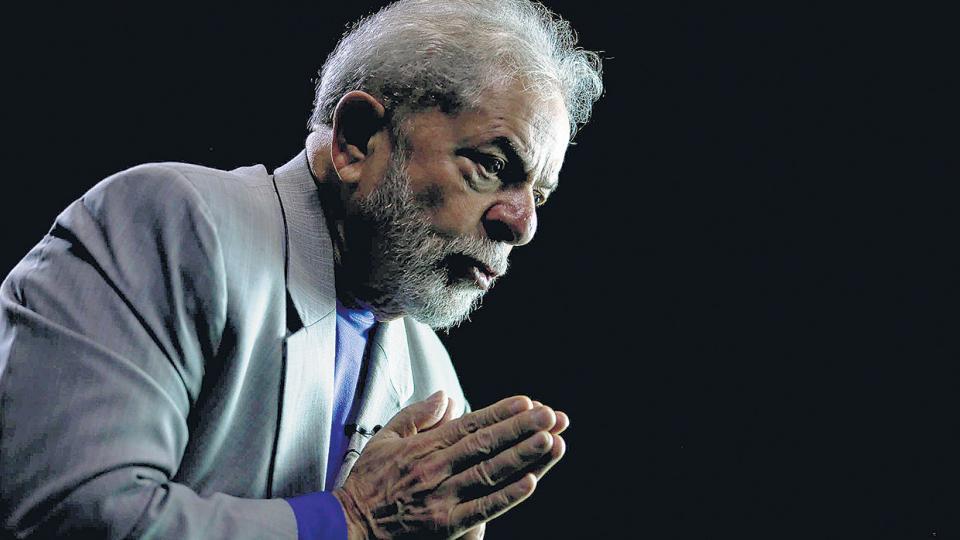 """""""Lo que más quiero en la vida es enfrentar a alguien que tenga el logotipo de Globo estampado en la frente"""" afirma Lula."""