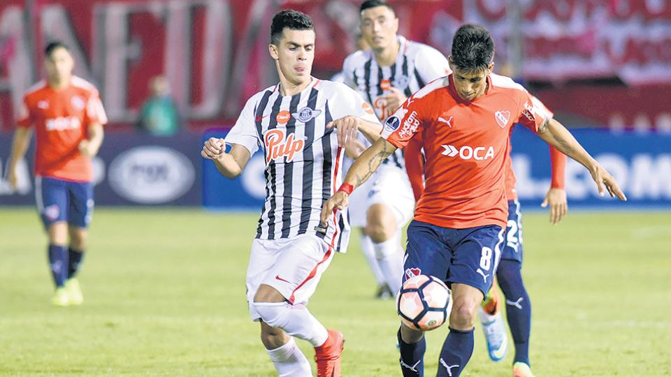 Independiente tuvo un buen rendimiento en Asunción, pero le faltó precisión en la definición.