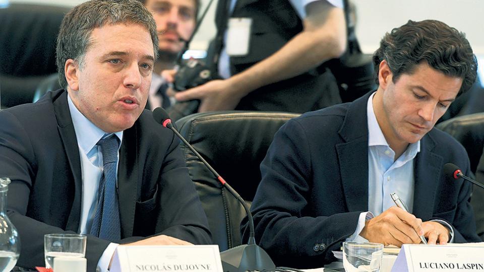Nicolás Dujovne, ministro de Hacienda, en la presentación ante Diputados para defender las reformas tributaria y previsional.