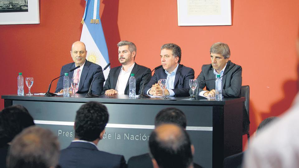 El ministro de Hacienda, Nicolás Dujovne, dijo ayer que la meta de inflación de 2018 se elevó de 10 a 15 por ciento.