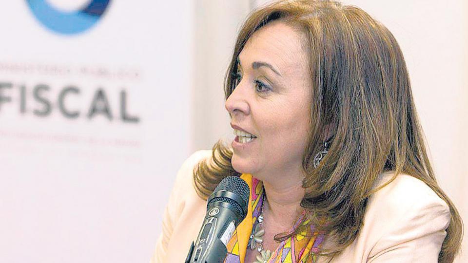 """La fiscal Gabriela Boquín denunció en febrero pasado un acuerdo """"ruinoso"""" y """"abusivo"""" por el Correo."""