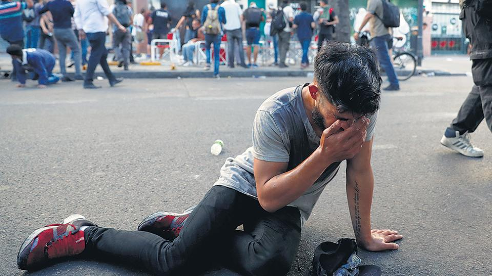 """La coordinación de SAME del Hospital Argerich dijo que los heridos que estaban asistiendo eran """"incontables""""."""