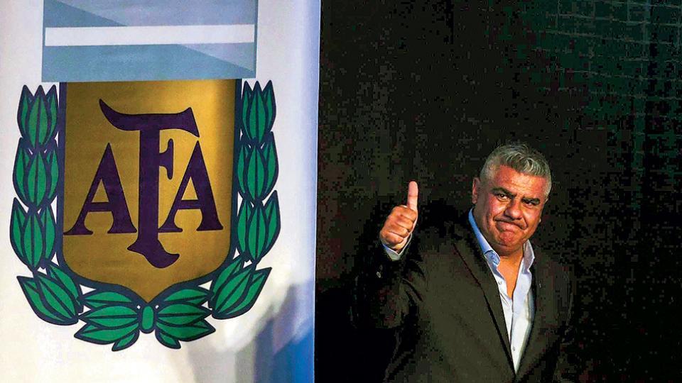 """""""Inventaron las barras para vivir del fútbol, pero lo vamos a cambiar"""", dijo Claudio Tapia."""
