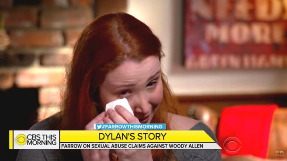 Dylan Farrow lloró en cámara al recordar el abuso que sufrió.