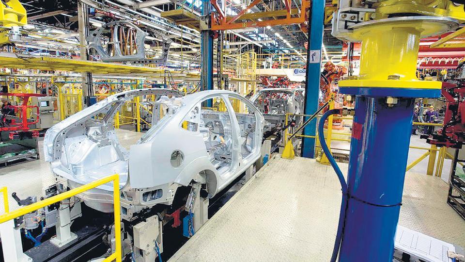 En 2011 la producción automotriz fue de 828 mil unidades. En 2017 se cayó a 472 mil.