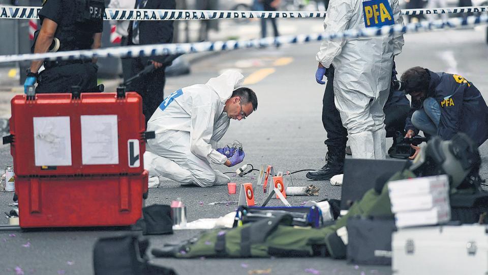 Una bomba casera y una acusación desmentida Na12fo02_1