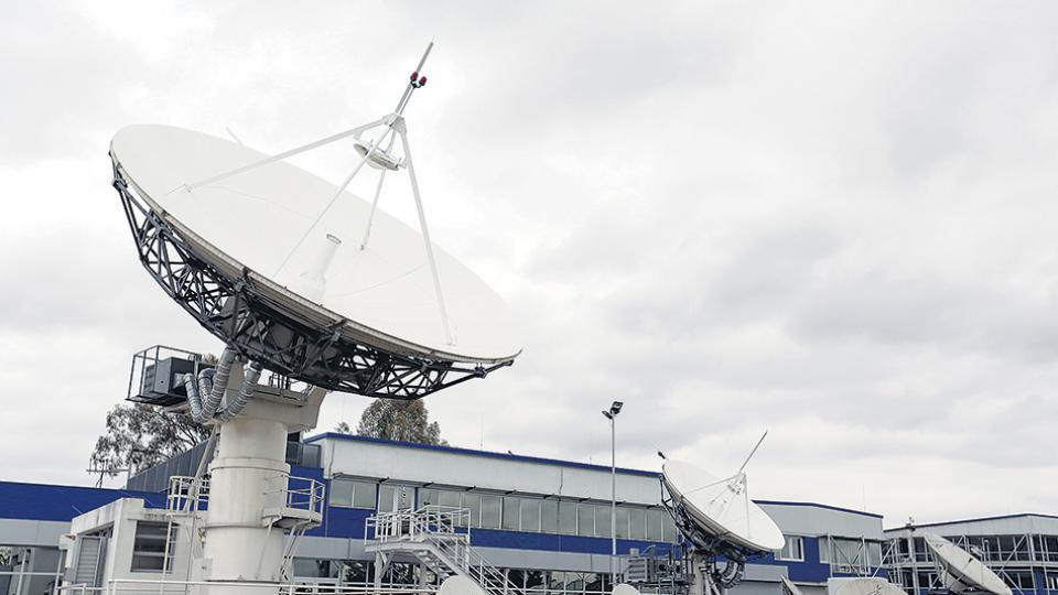 Mientras crece el número de satélites extranjeros, el proyecto de construcción del Arsat 3 continúa paralizado.